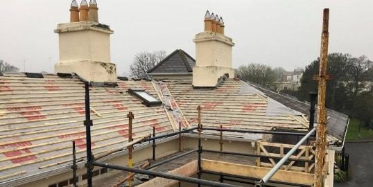 roof-repairs-house